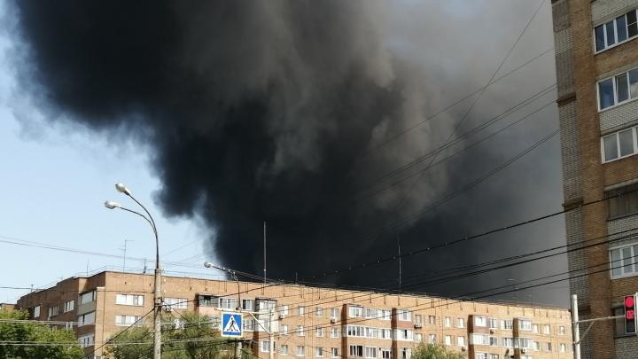 В воздухе над Самарой зарегистрировали превышение вредных веществ из-за пожара на складах