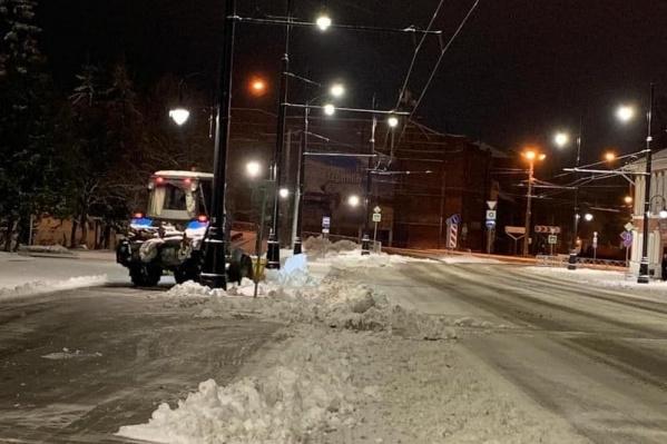 В управлении городского хозяйства говорят, что такую технику можно использовать при чистке замощенных улиц