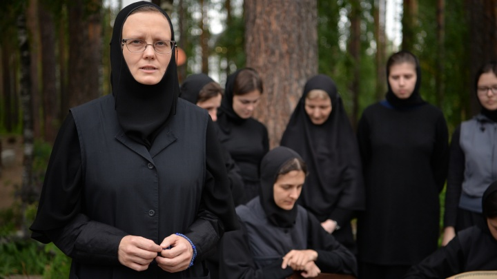 В Среднеуральском женском монастыре впервые устроили экскурсию для журналистов после конфликта с Собчак