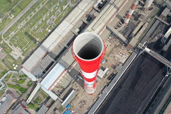 Высота новой трубы, одного из топ-10 самых грандиозных из подобных сооружений по всей России, позволит «пробить» инверсионное облако