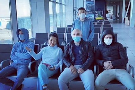 Жители Киргизии не могут покинуть транзитную зону Толмачево