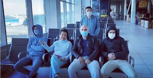 Десять дней в транзитной зоне: граждане Киргизии рассказали, как их держат в Толмачево