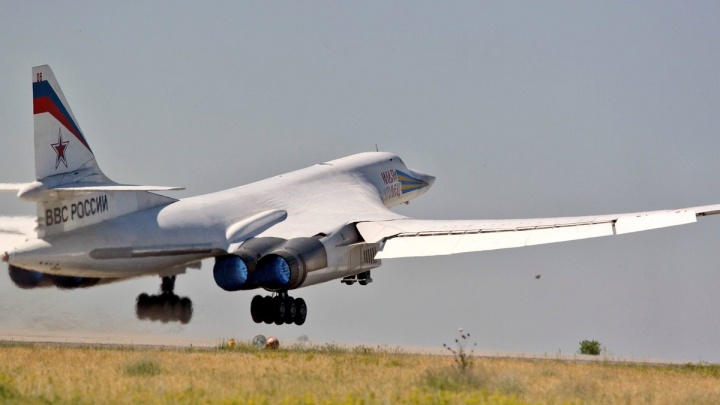 Самарские двигатели протестировали на самолете-бомбардировщике