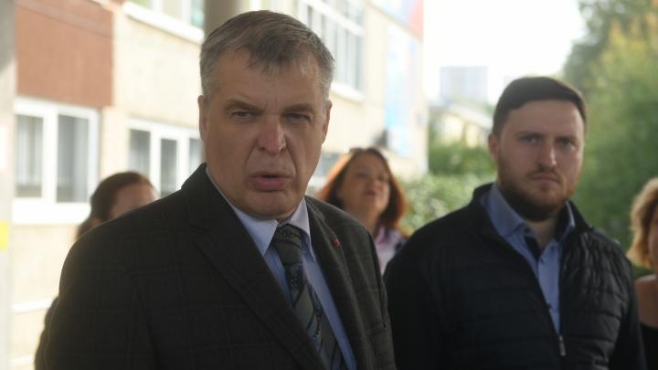 «Ничего страшного, мы этого ждали»: на Среднем Урале на дистанте учатся дети из 42 школ