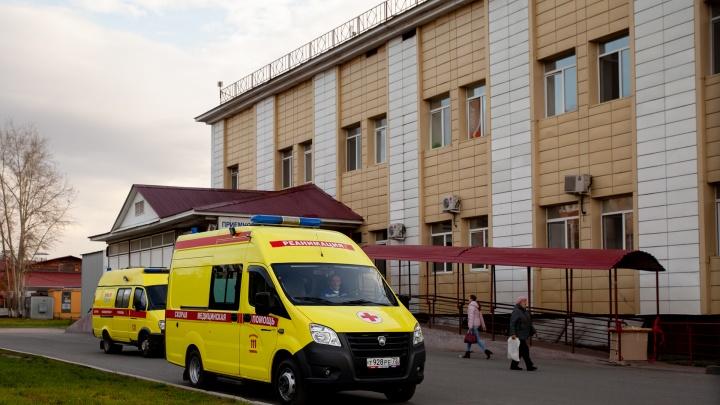 В Тюменской области от коронавируса умер 26-летний мужчина. Что про него известно?