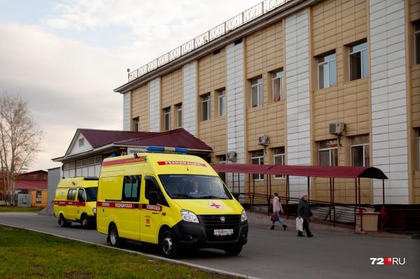 От коронавируса умер молодой мужчина, которому не было еще и тридцати