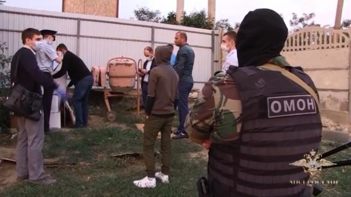 В Волгограде задержали крупную партию контрафактных сигарет и алкоголя