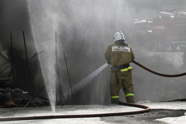 Пожар в пивоварне тушили 17 сотрудников МЧС