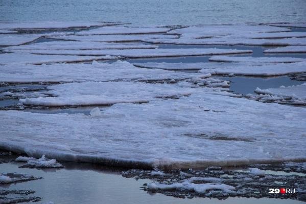 В эти дни ледоход проходит через Архангельск<br>
