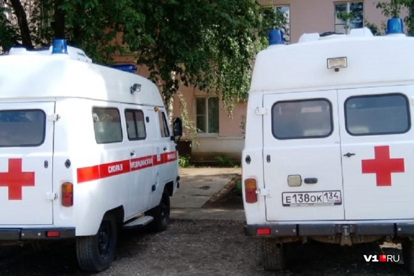 Заболевшего водителя скорой отправили в Урюпинскую ЦРБ