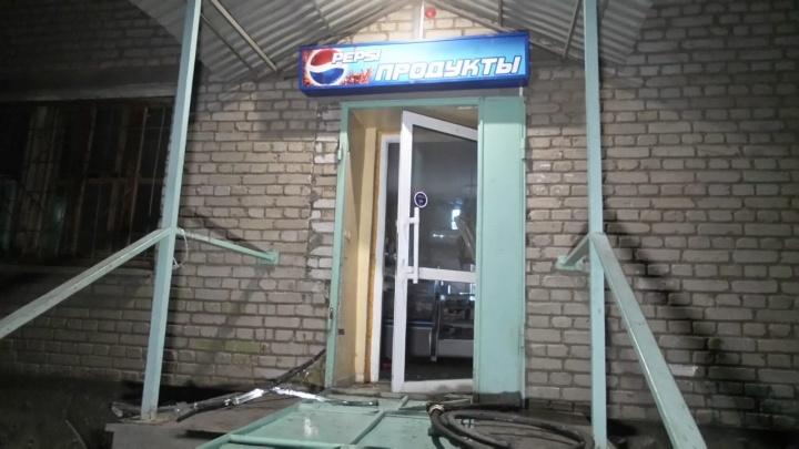Покупатель угрожал поджогом: на Химмаше загорелся продуктовый магазин