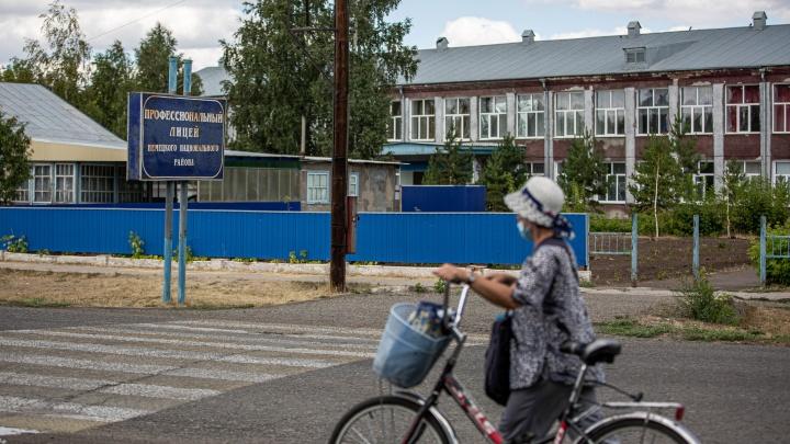 Репортаж из Гальбштадта: как в деревне в Сибири живут настоящие немцы — они говорят на своём языке, варят пиво и делают колбаски