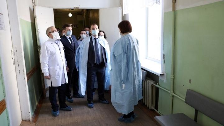 Вадим Шумков рассказал, куда в Зауралье делись маски и аппараты ИВЛ