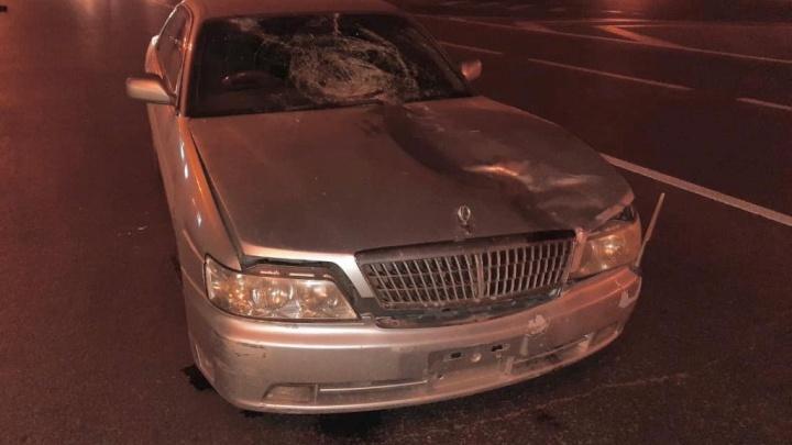 Ночью в центре Кемерово автомобиль сбил пенсионера. Мужчина погиб