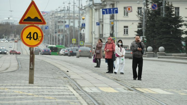 Главный санитарный врач Свердловской области рассказал, когда заболеваемость COVID-19 пойдет на спад