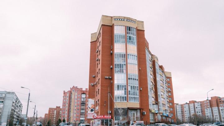 В Омске готовое жилье стало дешевле новостроек. Разбираемся, как это произошло