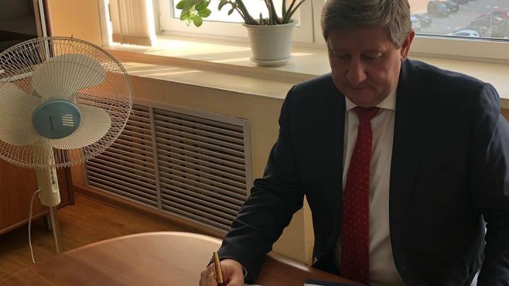 Министр ЖКХ Чертков рассказал, в скольких домах уже горячие батареи