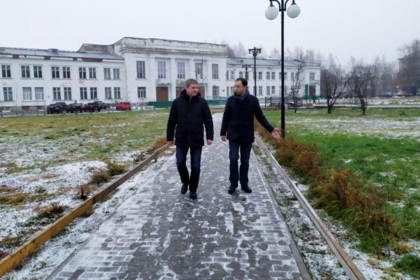 Об округе Дмитрию Мореву рассказывал заместитель главы администрации Северного округа Гидаят Шукюров