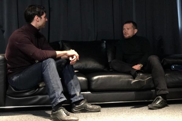 Пётр Ян не любит быть в центре внимания и давать интервью