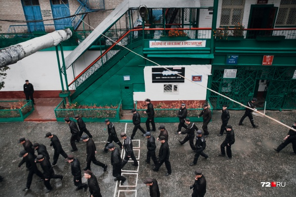 Участники банды не меньше 10 лет проведут в колонии строгого режима: так решили присяжные, суд согласился с их вердиктом