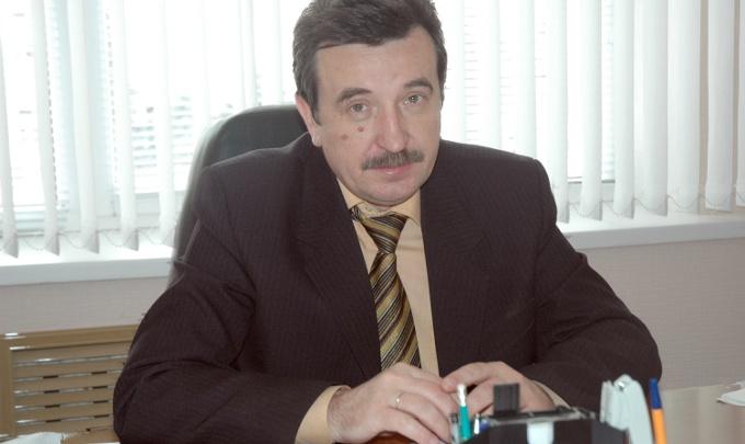 На главного архитектора Сальска завели уголовное дело. Его задержали прямо во время заседания