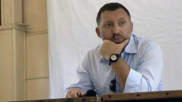 США требует отстранить Дерипаску от принятия решений в «Группе ГАЗ» в обмен на продление лицензии