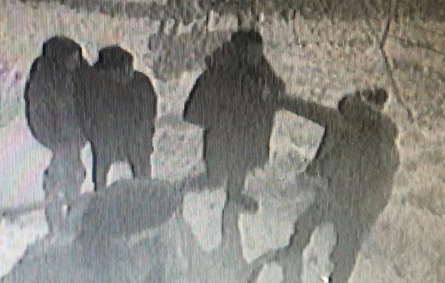 «Пойдем, я тебя искупаю»: жилец элитного дома на ВИЗе избил охранника за слишком горячую воду из крана