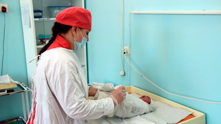 В Омской области назвали самые популярные имена для детей, рождённых во время пандемии