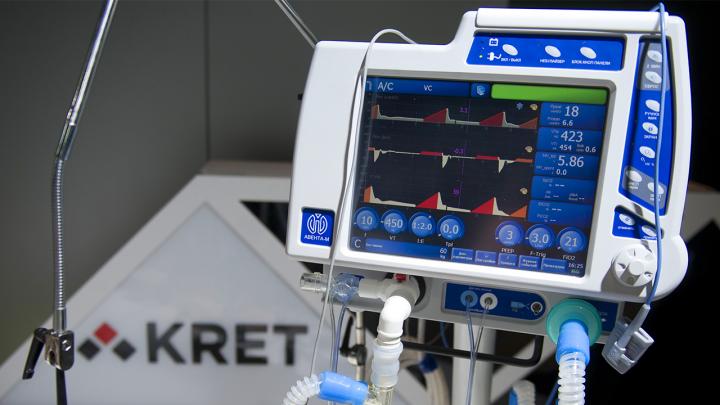 Омский Минздрав купил 50 аппаратов ИВЛ. Оборудование той же компании загорелось в двух больницах