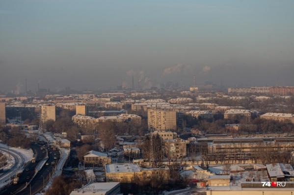Звуки взрывов доносятся до центра Челябинска