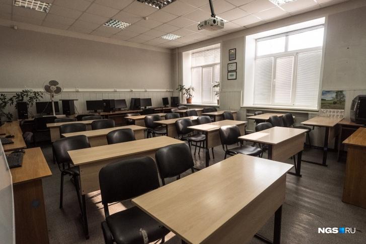 Решение каждая школа будет принимать самостоятельно, но даты ведомство всё же порекомендовало