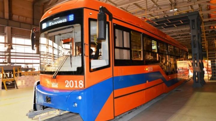 Сотрудники дептранса съездили в Екатеринбург, чтобы принять новые трамваи для Омска
