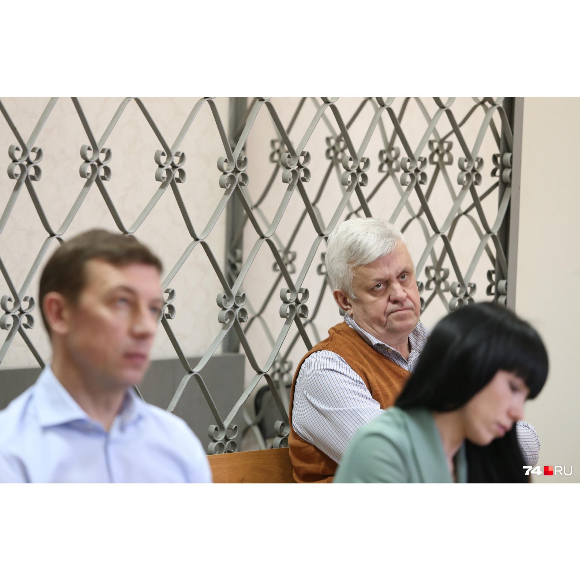 Андрей Косилов сначала слушал показания Никиты Лаврова, а затем начал их комментировать