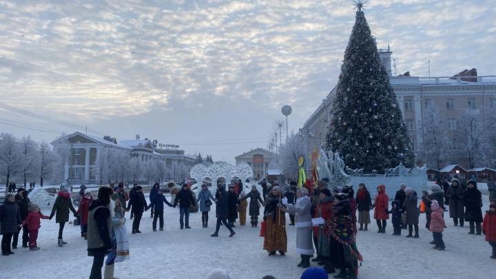 Оперштаб Зауралья разрешил проводить культурно-досуговые мероприятия на открытых площадках