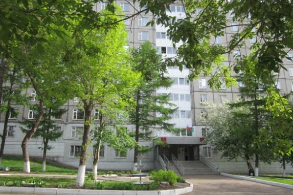 В больнице на карантин закрыли два отделения