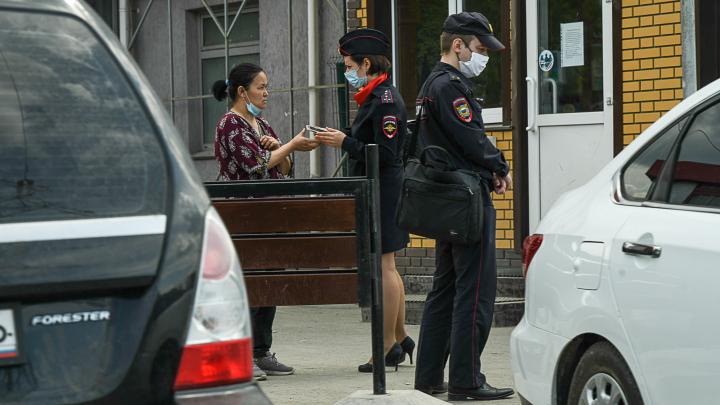 Губернатору рассказали о том, что в Екатеринбурге работают нелегальные рынки. Что он ответил