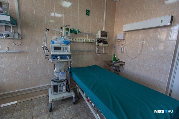 Количество официально признанных жертв COVID-19 в Новосибирской области достигло 200