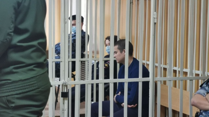 «Обещали лицом протереть ободки унитазов»: свидетель рассказал в суде об угрозах Шамсутдинову