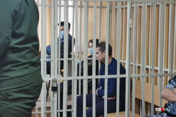 Рамиль Шамсутдинов в суде выглядит спокойно