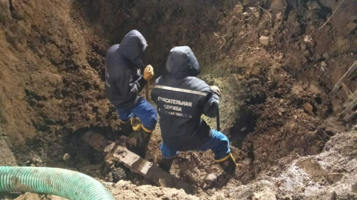 Под Самарой насмерть засыпало рабочего на бетонном заводе