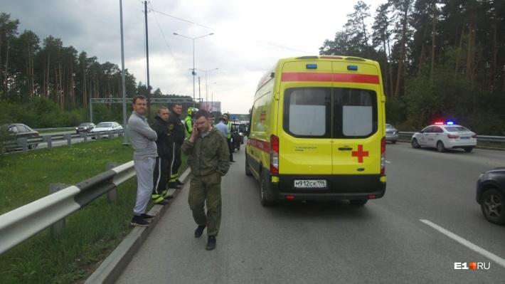 71-летний мопедист, попавший в ДТП на Широкой Речке, скончался в больнице