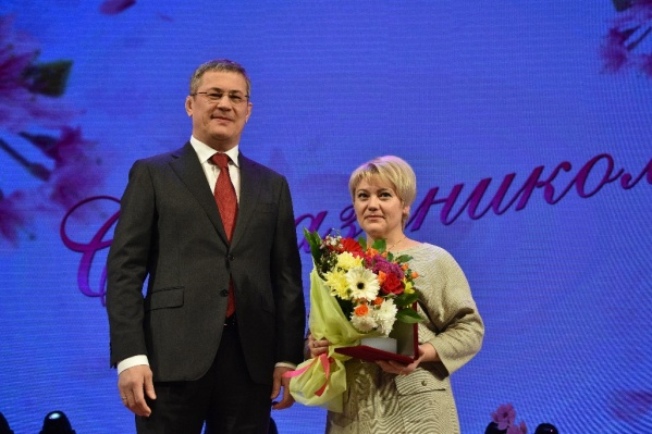 Разиду Абдееву наградил лично Радий Хабиров