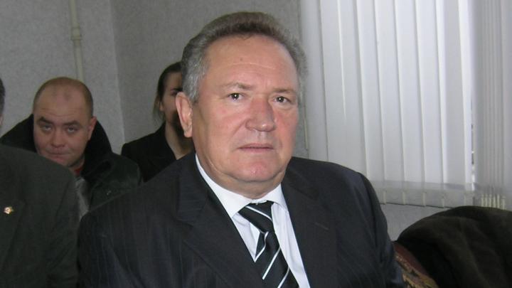 «Даже не отпустили на похороны жены»: экс-глава Волгоградской области Максюта доставлен в больницу Москвы