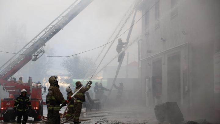 «На полу мотки проводки»: в МЧС назвали причину пожара на окраине Самары