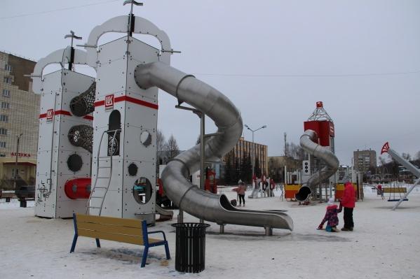 Площадка рассчитана на детей от 3 до 16 лет