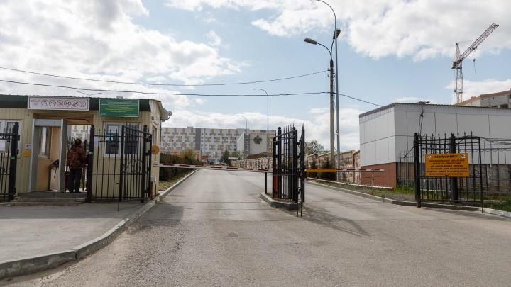 В Волгограде вместе с пациентами и врачами закрыли отделение сердечно-сосудистой хирургии больницы № 25