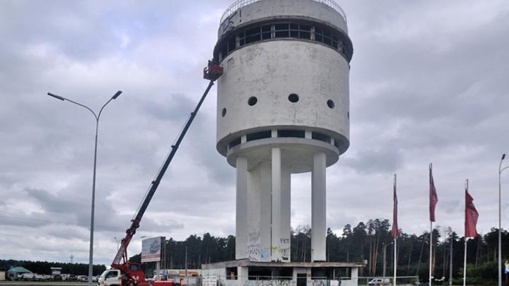 Американский фонд дал 12,7 миллиона рублей на спасение Белой башни