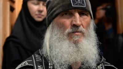 Лишенного сана отца Сергия снова вызвали в суд из-за его скандальных роликов о коронавирусе