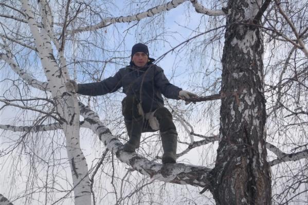 Алексей ожидает, что в его районе все-таки поставят вышку сотовой связи
