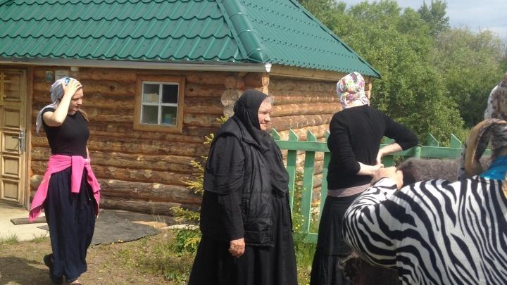 Четырёх служительниц храма в Челябинской области госпитализировали с коронавирусом и пневмонией